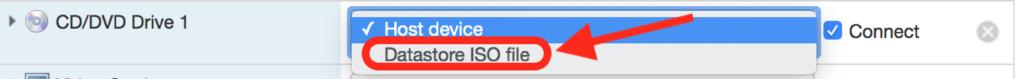 """Figure 17 : Dans l'écran suivant, sélectionner l'option """"Datastore ISO file"""" sur l'onglet """"CD/DVD Drive 1"""""""